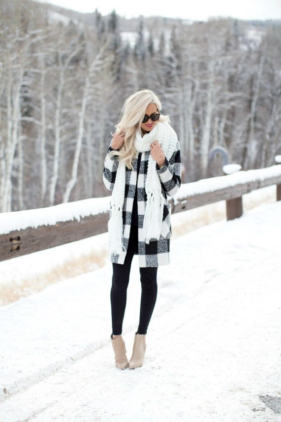 Plaid Jacket + The Best Leggings for Winter