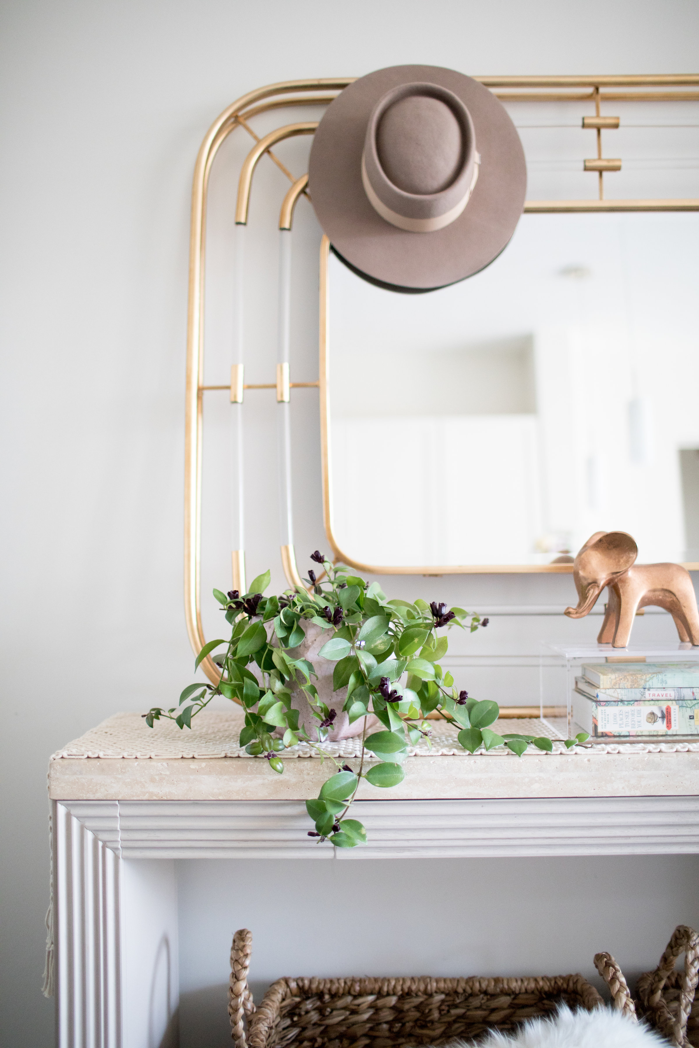 3 Ways To Update Your Entryway This Fall